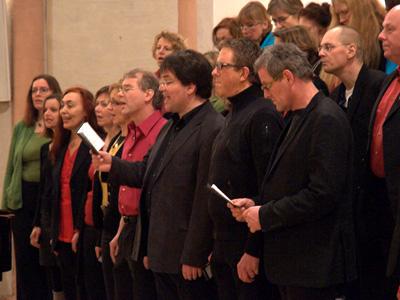 Sängerinnen und Sänger vom ensemble d'accord.
